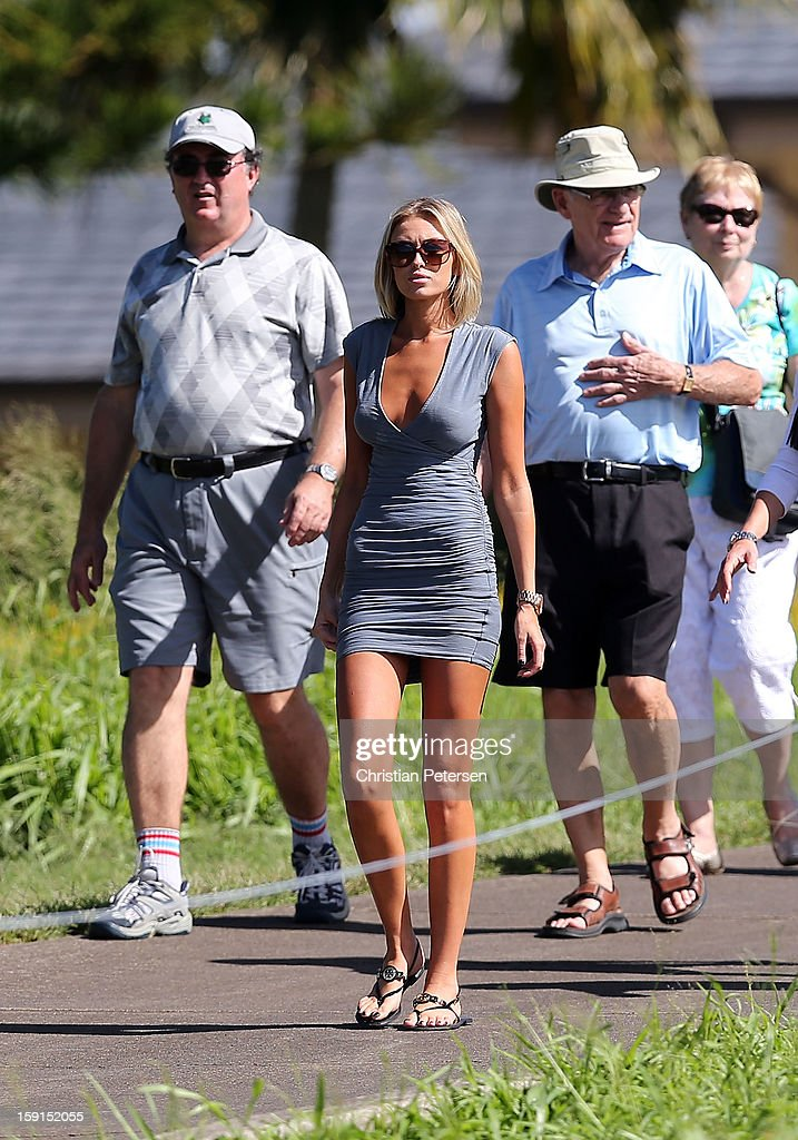Paulina Gretzky walks along the 17th hole during the final round of the Hyundai Tournament of Champions at the Plantation Course on January 8, 2013 in Kapalua, Hawaii.