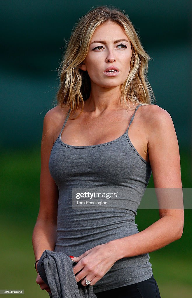 Paulina Gretzky watches the play of Dustin Johnson during round one of the Hyundai Tournament of Champions at the Plantation Course at Kapalua Golf...