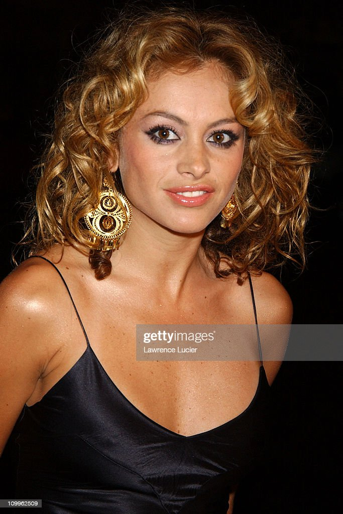 """Operation Smile's """"Smile Collection"""" 2004 Couture Event"""