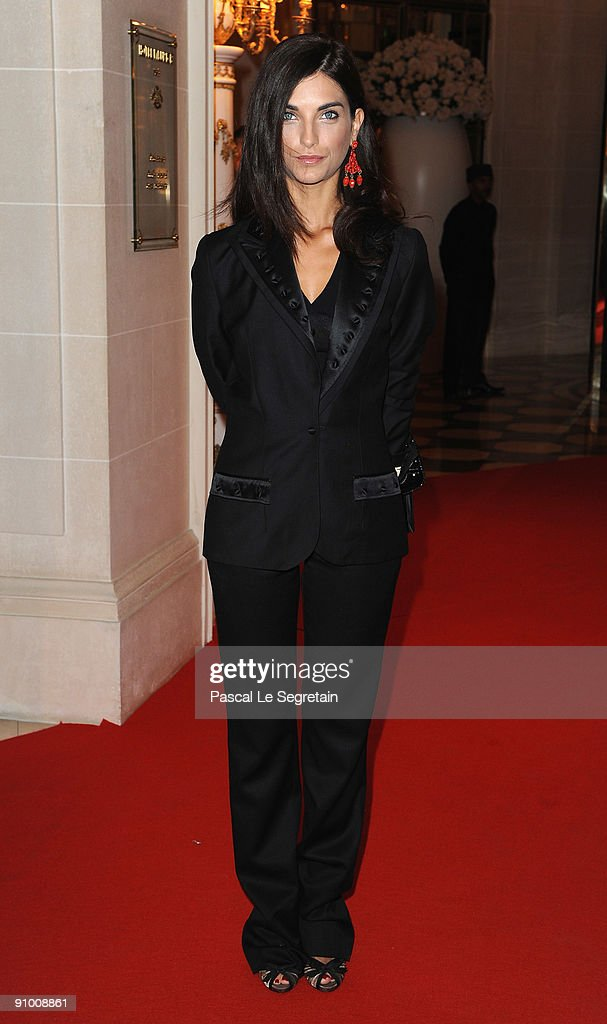 Pauline Delpech poses as she arrives to attend the 'Par Coeur Gala' dinner at the Hotel Meurice on September 21, 2009 in Paris, France.
