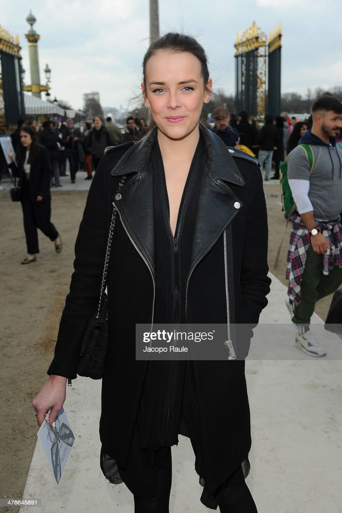 <a gi-track='captionPersonalityLinkClicked' href=/galleries/search?phrase=Pauline+Ducruet&family=editorial&specificpeople=2084053 ng-click='$event.stopPropagation()'>Pauline Ducruet</a> arrives at the Valentino show as part of the Paris Fashion Week Womenswear Fall/Winter 2014-2015 on March 4, 2014 in Paris, France.
