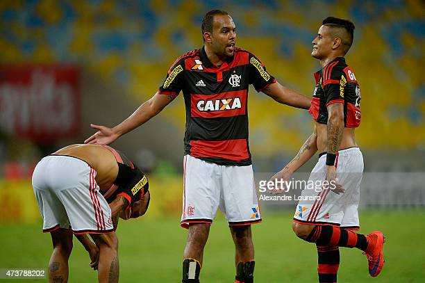 Paulinho Alecsandro and Everton of Flamengo talks after the match between Flamengo and Sport Recife as part of Brasileirao Series A 2015 at Maracana...