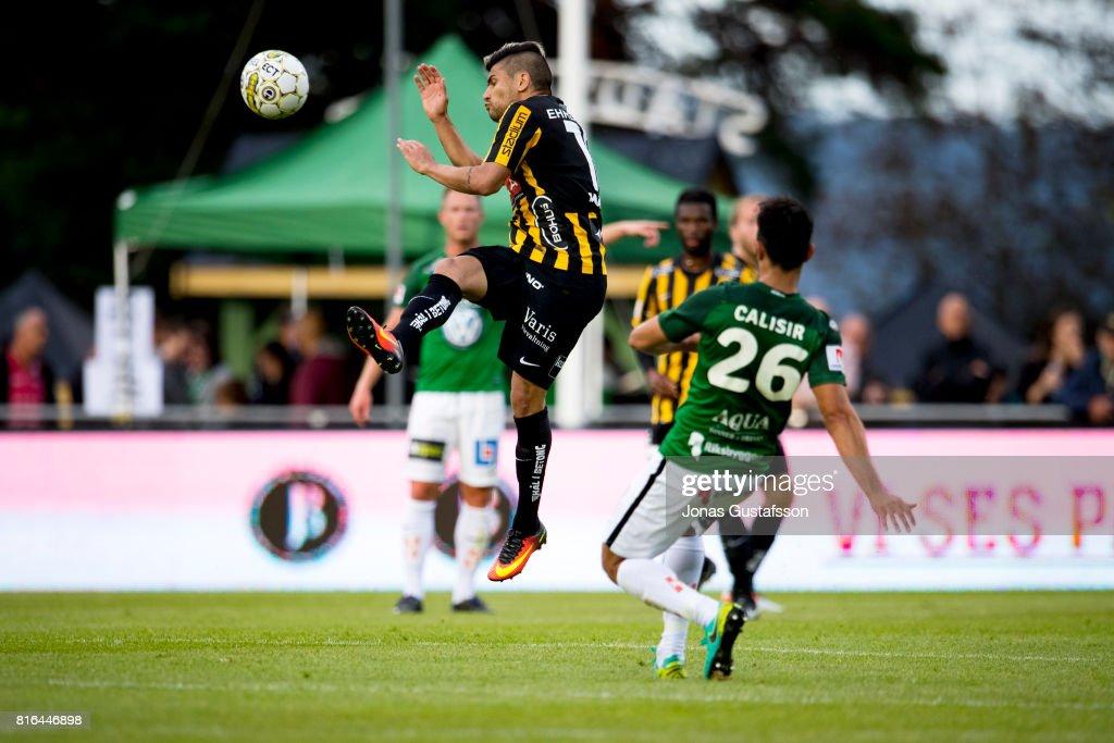 Paulinho of BK Hacken shoots a header during the allsvenskan match between Jonkopings Sodra and BK Hacken at Stadsparksvallen on July 17, 2017 in Jonkoping, Sweden.