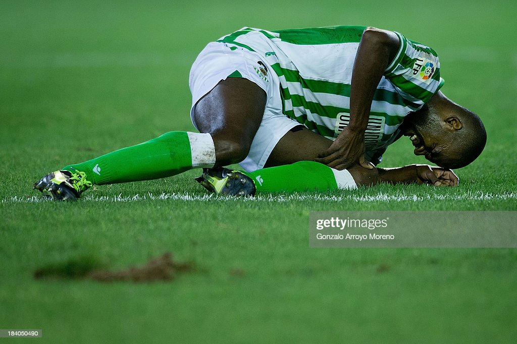 Paulo Alfonso Santos alias Paulao of Real Betis Balompie grimaces in pain after a fault during the La Liga match between Real Betis Balompie and Villarreal CF at Estadio Benito Villamarin on September 29, 2013 in Seville, Spain.