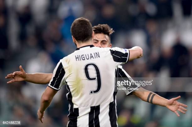 Paulo Dybala of Juventus FC celebrates with Gonzalo Higuain after scoring a goal during the Serie A football match between Juventus FC and US Citta...