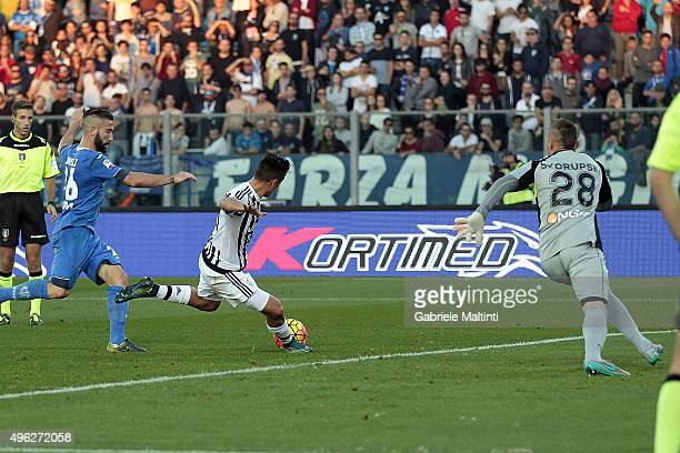 Paulo Dybala of Juventus FC scores a goal during the Serie A match between Empoli FC and Juventus FC at Stadio Carlo Castellani on November 8 2015 in...