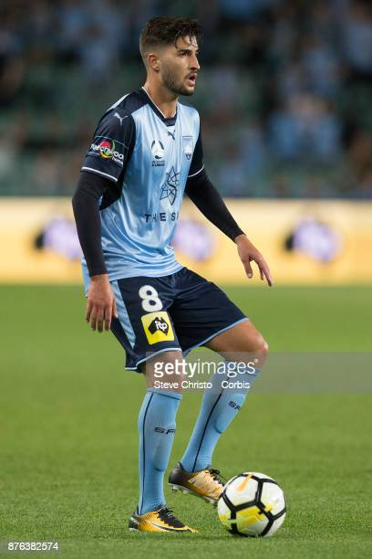 Paulo Retre of the Sydney FC in action during the round seven ALeague match between Sydney FC and Newcastle Jets at Allianz Stadium on November 18...