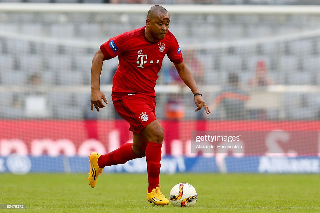 Paulo Sergio of Bayern Muenchen Allstars runs with the ball during the FC Bayern Allstars against Inter Forever friendly match after the FC Bayern...