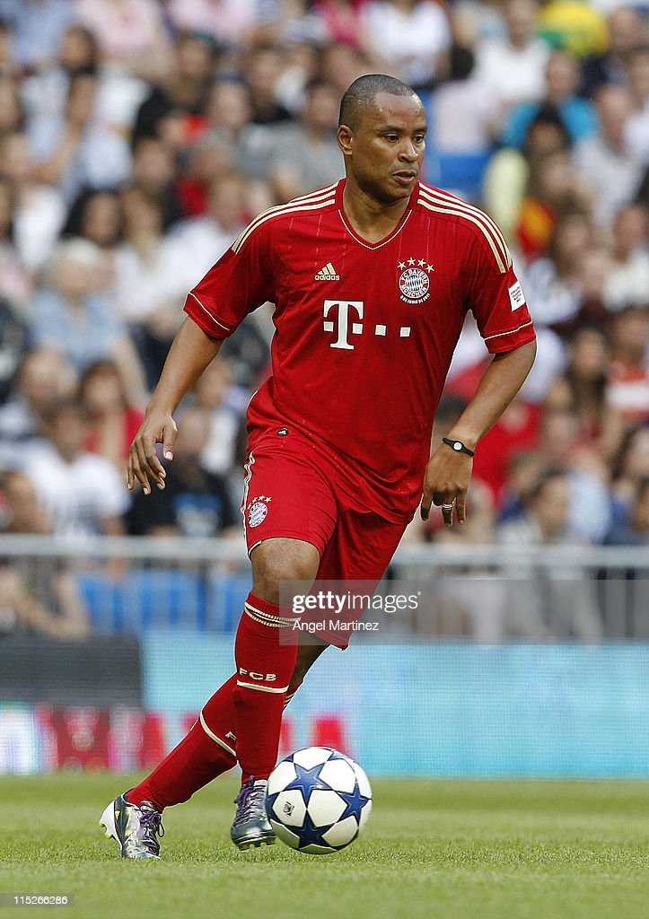 Paulo Sergio of Bayern Muenchen in action during the Corazon Classic Match between Allstars Real Madrid and Allstars Bayern Muenchen at Estadio...
