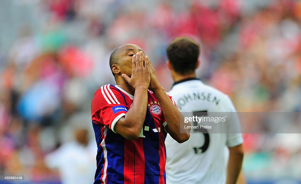 Paulo Sergio of FCB AllStars reacts during the friendly match between FC Bayern Muenchen AllStars and Manchester United Legends at Allianz Arena on...