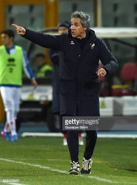 Paulo Sousa head coach of ACF Fiorentina during the Serie A match between Pescara Calcio and ACF Fiorentina at Adriatico Stadium on February 1 2017...