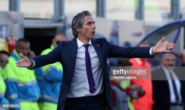 Paulo Sousa head coach of Fiorentina during the Serie A match between FC Crotone and ACF Fiorentina at Stadio Comunale Ezio Scida on March 19 2017 in...