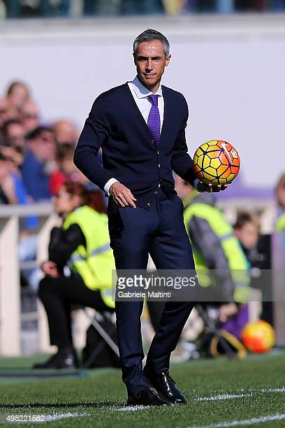 Paulo Sousa manager of ACF Fiorentina during the Serie A match between ACF Fiorentina and Frosinone Calcio at Stadio Artemio Franchi on November 1...