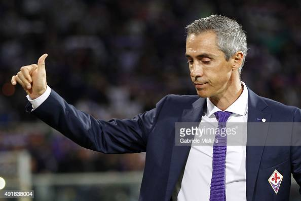 Paulo Sousa manager of ACF Fiorentina greets fans prior to the Serie A match between ACF Fiorentina and Atalanta BC at Stadio Artemio Franchi on...