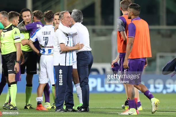 Paulo Sousa manager of ACF Fiorentina hails Zdenek Zeman manager of Pescara Calcio during the Serie A match between ACF Fiorentina and Pescara Calcio...