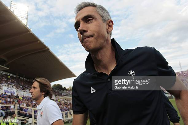 Paulo Sousa manager of ACF Fiorentina looks on during the Serie A match between ACF Fiorentina and Genoa CFC at Stadio Artemio Franchi on September...