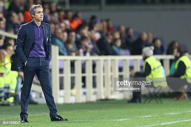 Paulo Sousa manager of ACF Fiorentina reacts during the Serie A match between ACF Fiorentina and SS Lazio at Stadio Artemio Franchi on January 9 2016...