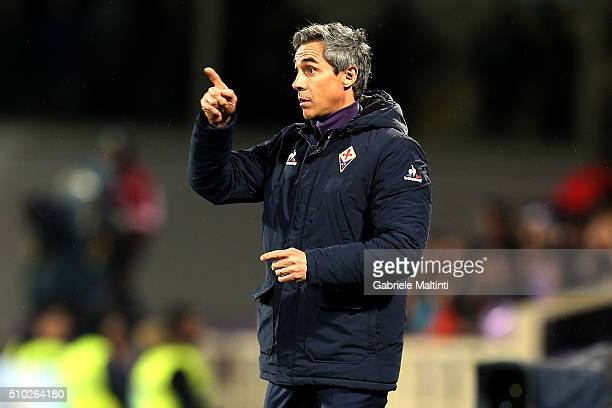 Paulo Sousa manager of AFC Fiorentina gestures during the Serie A match between ACF Fiorentina and FC Internazionale Milano at Stadio Artemio Franchi...