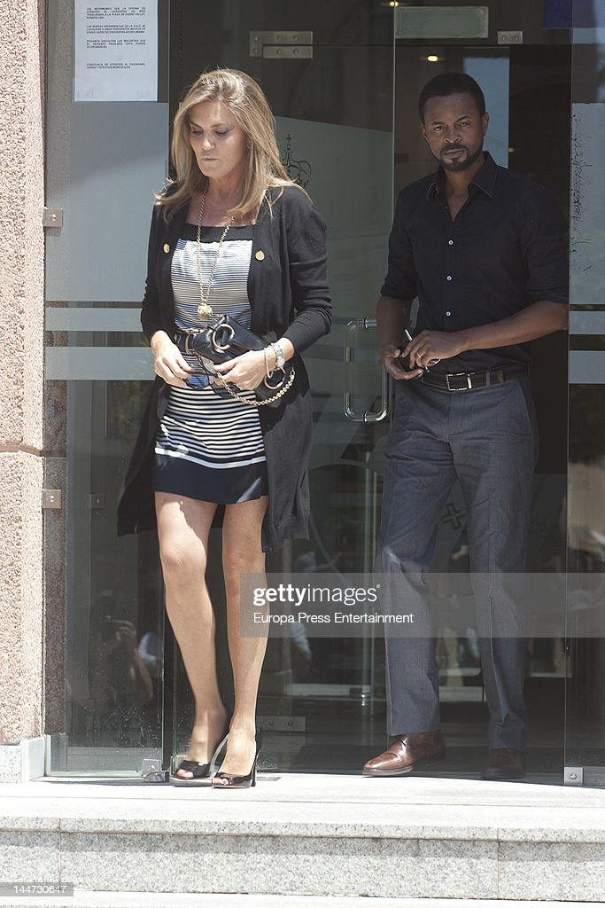 Paulo Wilson and Susana Uribarri attend the wedding of Sonsoles Suarez and Paulo Wilson on May 18, 2012 in Pozuelo de Alarcon, Spain.