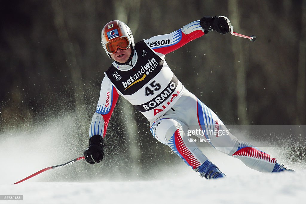 Pavel Chestakov of Russia in action during the Men's Super-G at the FIS Alpine World Ski Championships on January 29, 2005 in Bormio, Italy.