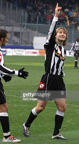 Pavel Nedved of Juventus dedciates his goal to former Club President Gianni Agnelli who died on Friday during the Serie A match between Juventus and...