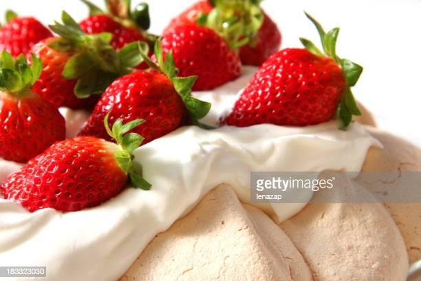 Pavlova with strawberry