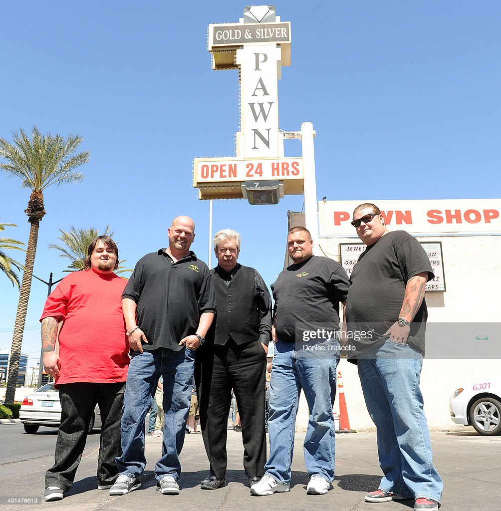 Pawn Stars Austin Chumlee Russell, <a gi-track='captionPersonalityLinkClicked' href=/galleries/search?phrase=Rick+Harrison&family=editorial&specificpeople=6584951 ng-click='$event.stopPropagation()'>Rick Harrison</a>, Richard Harrison and <a gi-track='captionPersonalityLinkClicked' href=/galleries/search?phrase=Corey+Harrison&family=editorial&specificpeople=6584958 ng-click='$event.stopPropagation()'>Corey Harrison</a> (R) pose for photos with Ax Men Gabe Rygaard at Gold and Silver Pawn on April 7, 2010 in Las Vegas, Nevada.