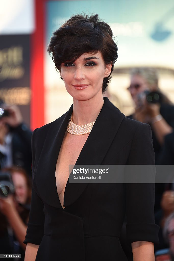 <a gi-track='captionPersonalityLinkClicked' href=/galleries/search?phrase=Paz+Vega&family=editorial&specificpeople=208840 ng-click='$event.stopPropagation()'>Paz Vega</a> attends the closing ceremony and premiere of 'Lao Pao Er' during the 72nd Venice Film Festival on September 12, 2015 in Venice, Italy.