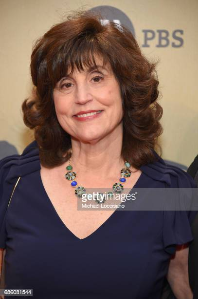 Peabody Juror and Hollywood Reporter EditoratLarge Kim Masters attends The 76th Annual Peabody Awards Ceremony at Cipriani Wall Street on May 20 2017...