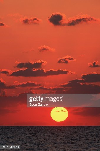Peaceful ocean sunset : Stock-Foto