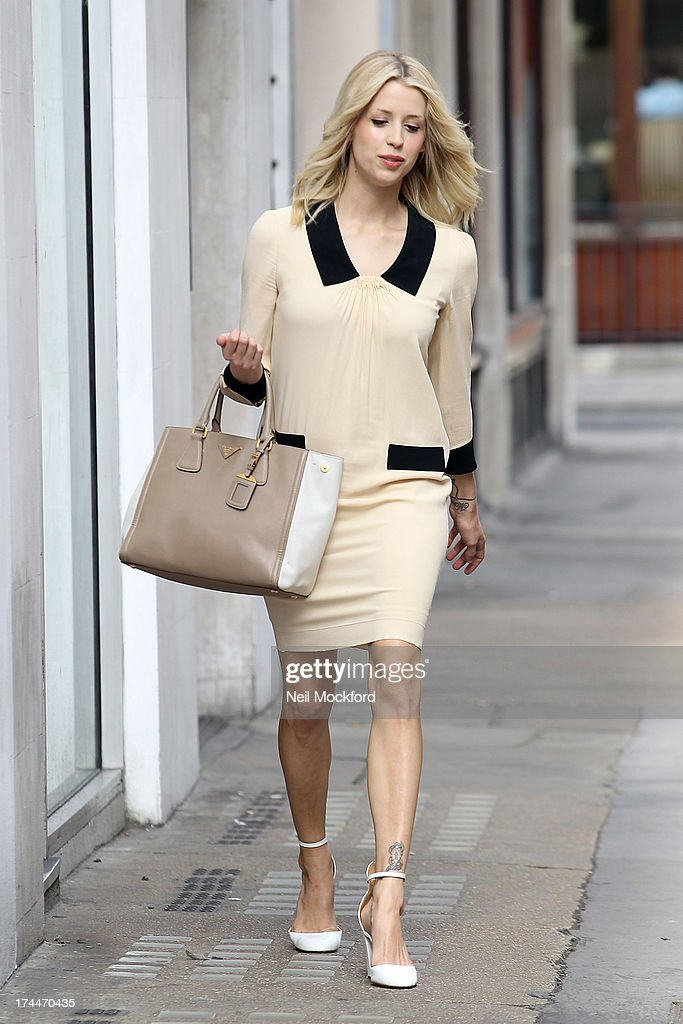 <a gi-track='captionPersonalityLinkClicked' href=/galleries/search?phrase=Peaches+Geldof&family=editorial&specificpeople=211378 ng-click='$event.stopPropagation()'>Peaches Geldof</a> seen in Soho on July 26, 2013 in London, England.