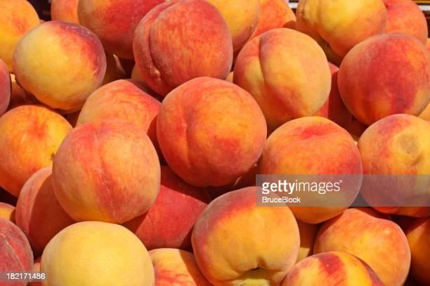 Peaches exposés dans le Farmer's Market
