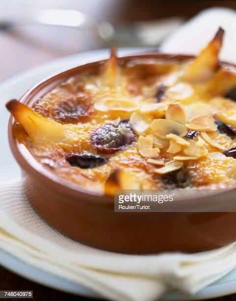 Pear and raisin Clafoutis batter pudding
