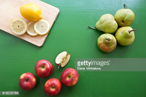 Pear, lemon, apple - mix of fruits for fresh juice : Stock-Foto