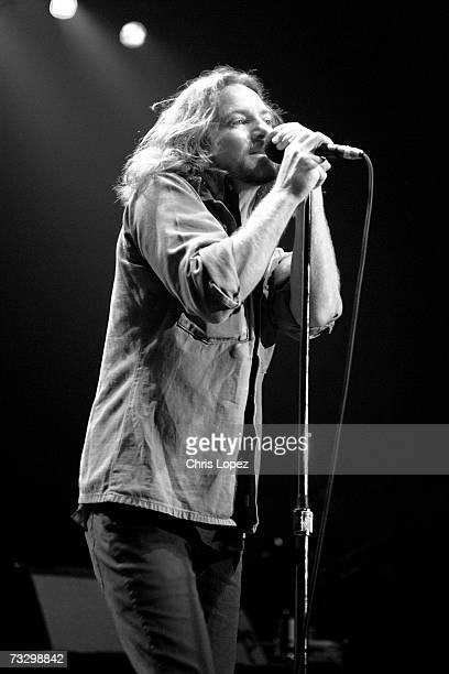 Pearl Jam performing at London Astoria 20/04/06