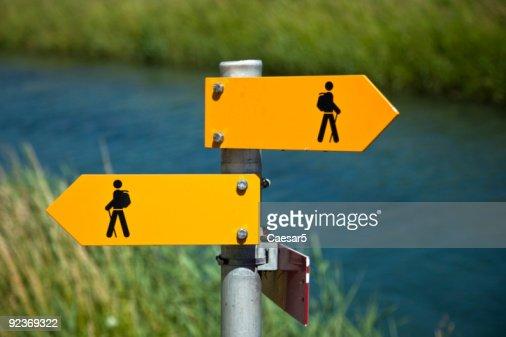 Fußgänger-Schild : Stock-Foto