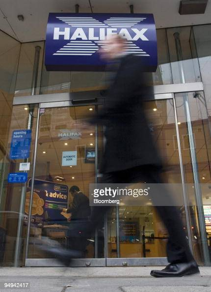 Halifax stock photos et images de collection getty images for Deutsche bank nurnberg
