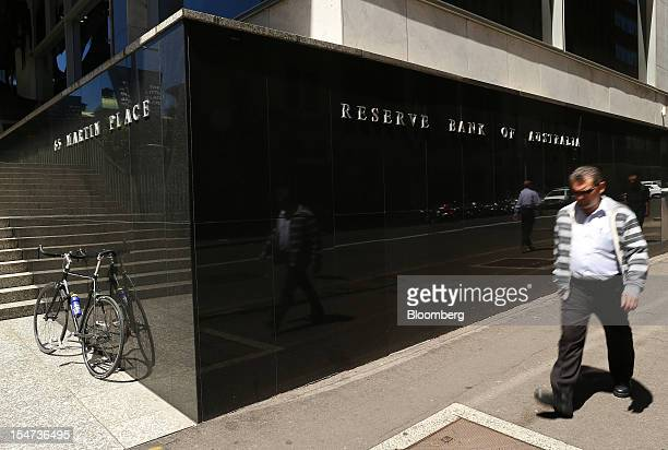 A pedestrian walks past the Reserve Bank of Australia headquarters in Sydney Australia on Tuesday Oct 23 2012 Treasurer Wayne Swan on Monday...