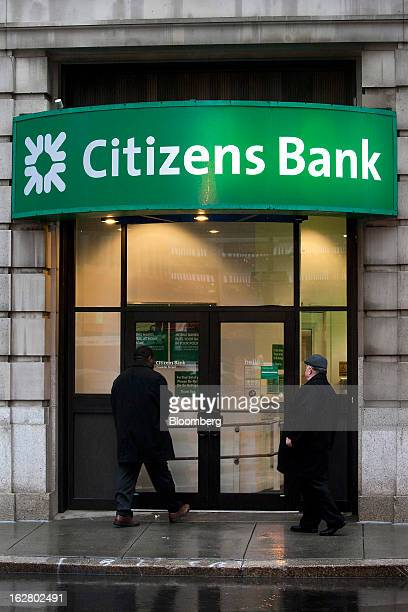 Pedestrians enter a Citizens Financial Group Inc bank branch in Boston Massachusetts US on Wednesday Feb 27 2013 Royal Bank of Scotland Group Plc...