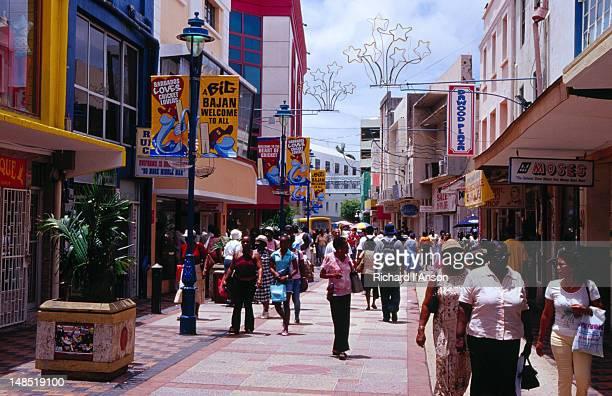 Pedestrians on Swan Street Mall.