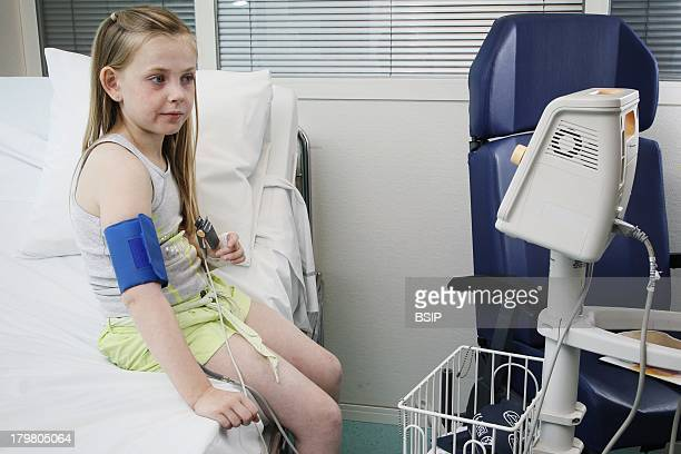 Pediatric Allergology department of SaintVincent de Paul hospital GHICL Lille Food Allergies This girl shows an allergic reaction in the form of...