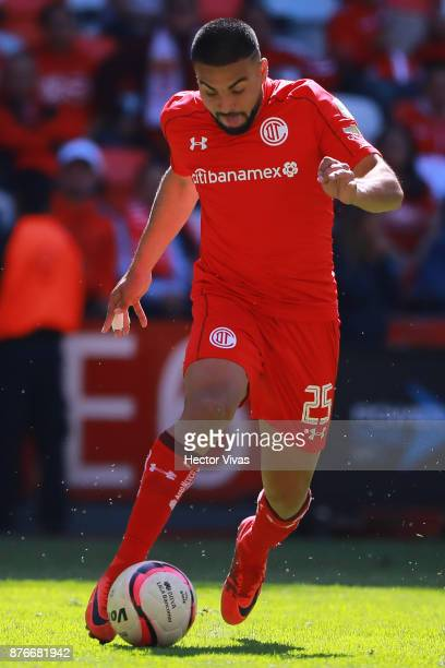 Pedro Canelo of Toluca drives the ball during the 17th round match between Toluca and Tijuana as part of the Torneo Apertura 2017 Liga MX at Nemesio...
