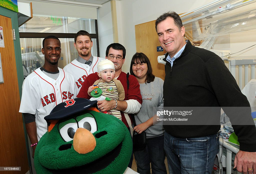 <a gi-track='captionPersonalityLinkClicked' href=/galleries/search?phrase=Pedro+Ciriaco&family=editorial&specificpeople=5718591 ng-click='$event.stopPropagation()'>Pedro Ciriaco</a>, Wally The Green Monster, Ryan Lavarnway and manager John Farrell of the Boston Red Sox visit PJ and his mother and father for the Holidays at Boston Children's Hospital on November 30, 2012 in Boston, Massachusetts.