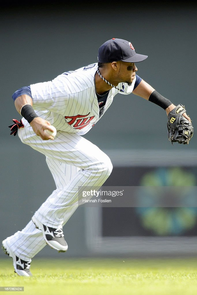 Pedro Florimon #25 of the Minnesota Twins makes a play at shortstop for an out during the eighth inning of the first game of a doubleheader against the Miami Marlins on April 23, 2013 at Target Field in Minneapolis, Minnesota. The Twins defeated the Marlins 4-3.