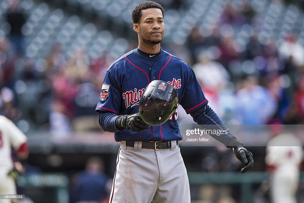 Pedro Florimon #25 of the Minnesota Twins reacts to lining out to first to end the seventh inning against the Cleveland Indians at Progressive Field on April 6, 2014 in Cleveland, Ohio.