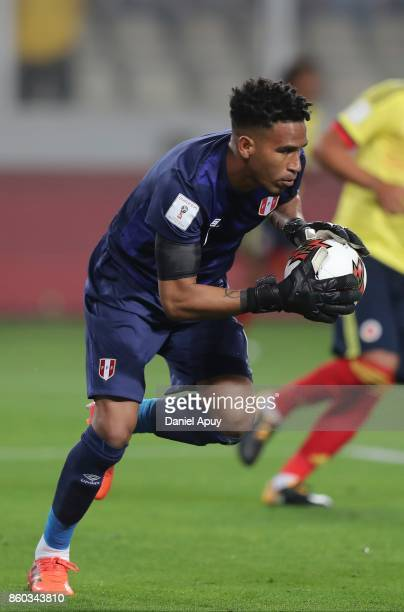 Pedro Gallese of Peru in action during a match between Peru and Colombia as part of FIFA 2018 World Cup Qualifiers at Monumental Stadium on October...