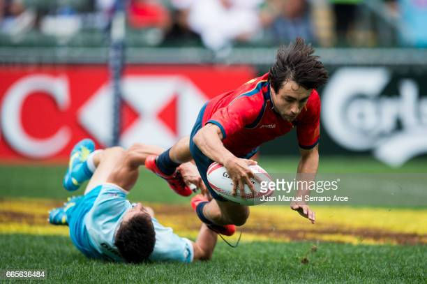 Pedro Martin of Spain scores a try for Uruguay on day one of the 2017 Hong Kong Sevens match at Hong Kong Stadium on April 7 2017 in Hong Kong Hong...