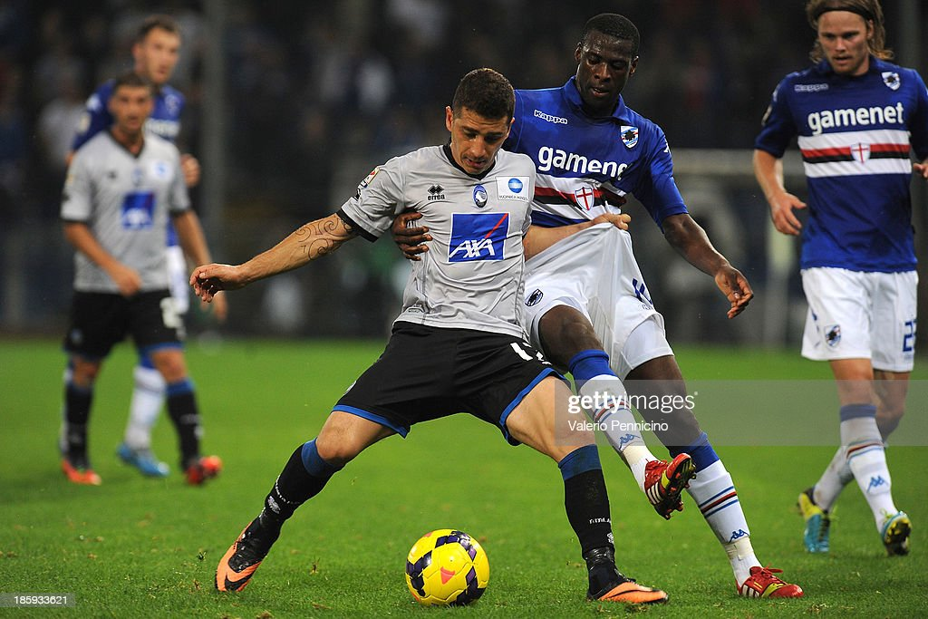 <a gi-track='captionPersonalityLinkClicked' href=/galleries/search?phrase=Pedro+Obiang&family=editorial&specificpeople=9407708 ng-click='$event.stopPropagation()'>Pedro Obiang</a> (R) of UC Sampdoria competes with <a gi-track='captionPersonalityLinkClicked' href=/galleries/search?phrase=Carlos+Carmona&family=editorial&specificpeople=3035631 ng-click='$event.stopPropagation()'>Carlos Carmona</a> of Atalanta BC during the Serie A match between UC Sampdoria and Atalanta BC at Stadio Luigi Ferraris on October 26, 2013 in Genoa, Italy.