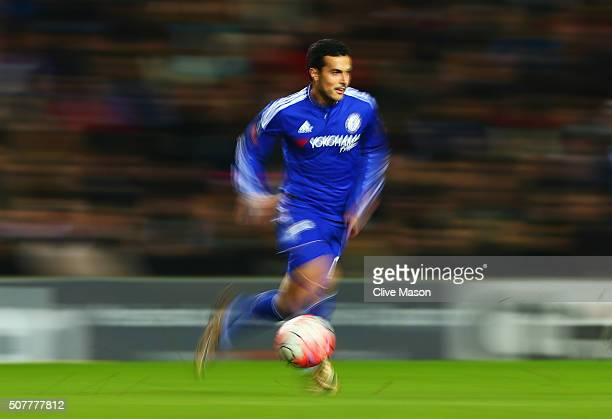Pedro of Chelsea dribbles the ball during the Emirates FA Cup Fourth Round match between Milton Keynes Dons and Chelsea at Stadium mk on January 31...