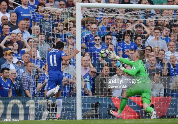Pedro of Chelsea scores his sides third goal during the Premier League match between Chelsea and Sunderland at Stamford Bridge on May 21 2017 in...